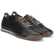 Clarks Siddal Run Black leather Sneakers For Men(Black)