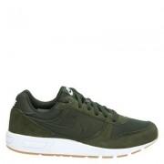 Nike Nightgazer lage sneakers groen