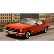 Maquette Voiture : 1965 Ford Mustang 2+2 Fastback-Revell