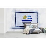 Fotobehang vinyl - Vlag van Uruguay op een laptop breedte 435 cm x hoogte 260 cm - Foto print op behang (in 7 formaten beschikbaar)