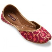 Dip Your Toes Dip your Toes Pink and Gold Festive Juttis Casuals For Women(Pink)