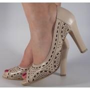 Pantofi eleganti nude piele naturala perforata (cod 510)