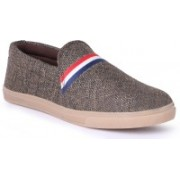 Shoe Mate brown casual shoes Casuals For Men(Brown)