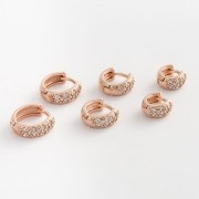 Trio de Brincos de Argola Pequenos com Zircônias Brancas banhados a Ouro Rose
