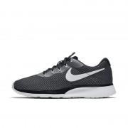 Nike Tanjun Racer Herrenschuh - Grau