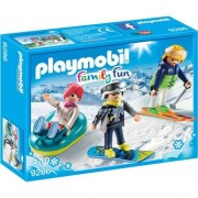 Playmobil Family Fun - Iarna pe partie