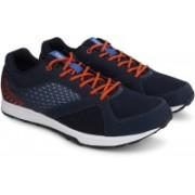 REEBOK TRAIN Training & Gym Shoes For Men(Navy, Orange)