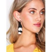 NLY Accessories Layered Tassel Earrings Örhängen Svart/Vit