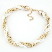 BAGISIMO Bílý korálkový náhrdelník
