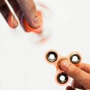 Jucarie Antistres HIT Fidget Spinner Fosforescent Orange
