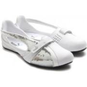 Puma Sports Shoe For Women(White)