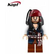 A Karib-tenger kalózai Jack Sparrow kapitány figura