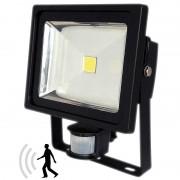 Luminea COB-LED-Fluter 30 W mit PIR-Sensor, 4200 K, IP44, schwarz