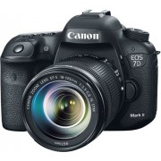 Digitalni foto aparat Canon EOS 7D II Body (G) Set (sa EF18-135 IS)