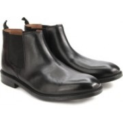 Clarks Chilver Top Black Leather Boots For Men(Black)