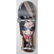 Skateboard Spartan Death - cu placa biconcava si roti din silicon