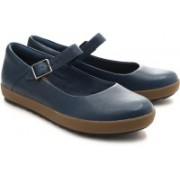 Clarks Farrow East Bellies For Women(Blue)