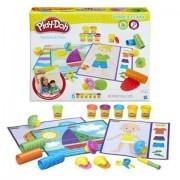 Set 6 borcanase cu plastilina, sabloane si accesorii Play-Doh