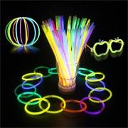 100pcs Multi Color Ritium Glow Sticks Dark Party Lights Bracelets Glow Sticks Wedding Decoration Flashing Led Toys Light Sticks