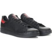 Adidas Originals STAN SMITH Sneakers For Men(Black)