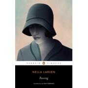 Passing (Larsen Nella)(Paperback) (9780142437278)