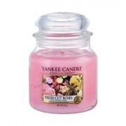 Yankee Candle Fresh Cut Roses candela profumata 411 g unisex