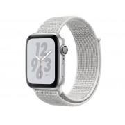 Nike Умные часы APPLE Watch Nike+ Series 4 44mm Silver Aluminium Case with Summit White Nike Sport Loop MU7H2RU/A