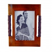 Дървена рамка за снимки (011433)