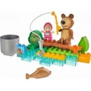 Set constructie cuburi Unico Masha si Ursul La Pescuit 29 piese