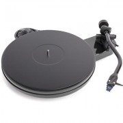 Pro-Ject RPM 3 Carbon Gloss BK turntable w/blue pt #2 cartridge