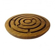 Onlineshoppee Brown Sheesham Wood Game Plate Maze