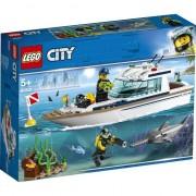 LEGO® City Great Vehicles - Iaht pentru scufundari 60221