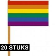 Merkloos 20x Luxe zwaaivlaggen regenboog 30 x 45 cm met houten stok - Vlaggen