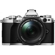 Olympus OM-D E-M5 Mark II + 14-150mm - Systeemcamera - Zilver