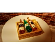 Lada din lemn - 3 sticle de vin si cuburi de gheata-miniatura