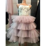 Ekskluzivna haljina sa raskosnim til karnerima