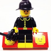 MinifigurePacks: Lego City/Town Bundle (1) FIREMAN - BLACK HELMET (1) FIGURE DISPLAY BASE (1) FIGURE ACCESSORY