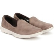 Skechers GO WALK LITE - QUEENLY Walking Shoes For Women(Brown)