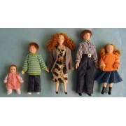 STREETS AHEAD Dolls Houses - Figures Dp095 House Modern Family Porcelain Figure