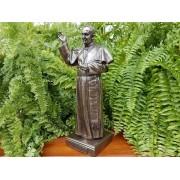 Ferenc pápa szobor