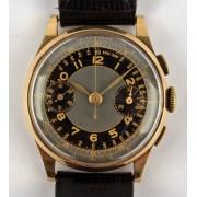 Zlaté náramkové hodinky - chronograf
