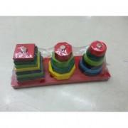 Fa ügyességi játék, színes, különböző alakzatokkal