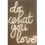 LED dekoračný nápis - DO WHAT YOU LOVE