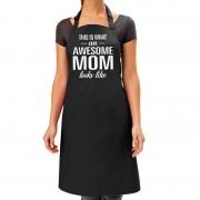 Bellatio Decorations Awesome mom kado bbq/keuken schort zwart voor dames - Feestschorten