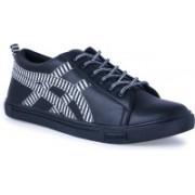 Shoe Fellow Black Casual shoes for men Casuals For Men(Black, White)