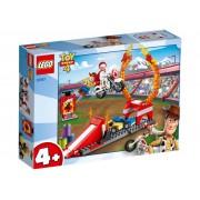 Lego Конструктор Lego Juniors История игрушек-4 Трюковое шоу Дюка Бубумса 120 дет. 10767
