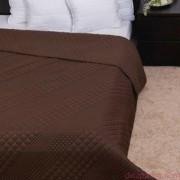 CLARA csokoládébarna / kocka steppelés ágytakaró 235x250 cm