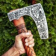 Nagy viking fejsze