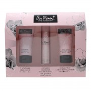 ONE DIRECTION OUR MOMENT EAU DE PARFUM 20ML VAPORIZADOR + LECHE CORPORAL 50ML + GEL DE BAÑO 50ML
