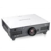 Panasonic PT-D5700 DLP Beamer (6000 ANSI LUMEN, 2000:1, XGA 1024x768, DVI, VGA, BNC, RS232) + FB (Gebrauchte A-Ware)